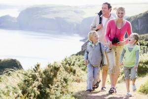 ceļojums kopā ar ģimeni